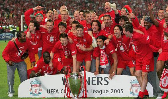 """Liverpool vira sobre o Milan no """"milagre de Istambul"""" (Getty)"""
