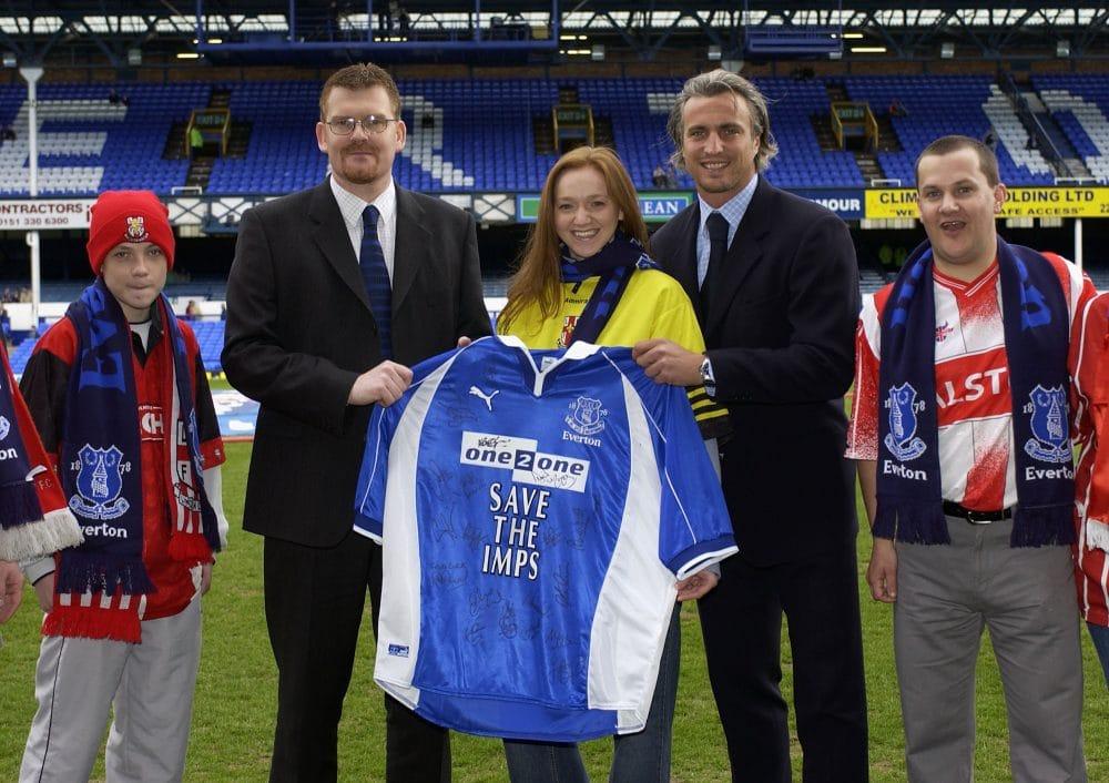 Ginola apresentação Everton