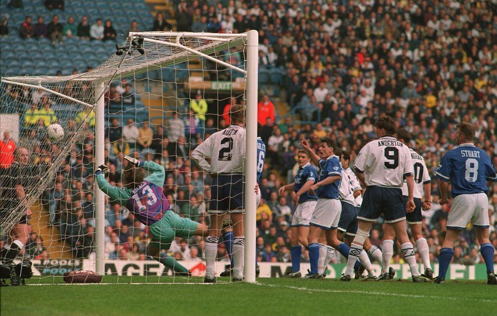 Tottenham 1x4 Everton em Elland Road, pela Copa da Inglaterra 1994/1995