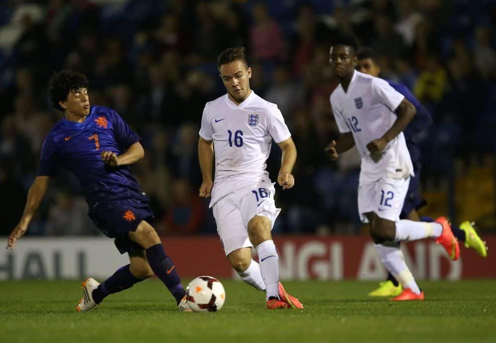 Gustavo Hamer pela seleção holandesa